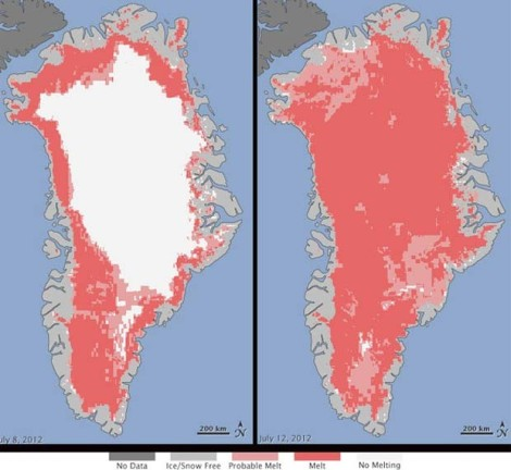 À esquerda, imagem da Nasa mostra a extensa área branca ainda sem degelo no dia 8 de julho. À direita, no dia 12 de julho, ela foi quase totalmente substituída pela cor rosada, que indica degelo da superfície. (Foto: Nasa/Divulgação)