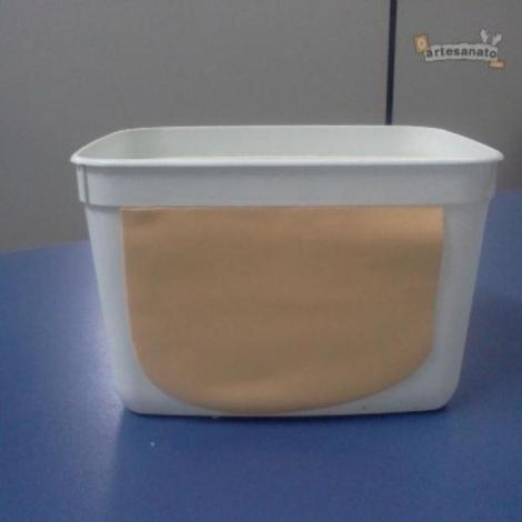 Use primeiro o EVA cor de creme, como mostra a imagem. | Foto: O Artesanato